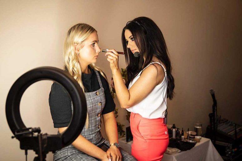 Dawn Finnegan makeup masterclass